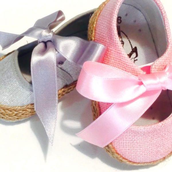 Preciosos Zapatitos de Lino en color Gris y Rosa