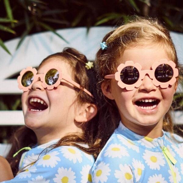 Gafas de sol Flower niña Diseñadas para adaptarse a las caras de los niños.